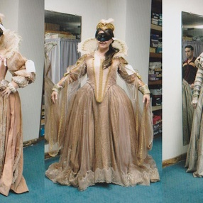 Cendrillon - Backstage at the Kentucky Opera