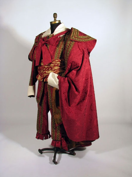Don Giovanni 3 With Cape.jpg