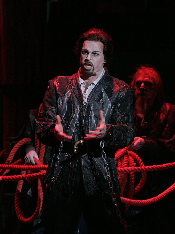 Dutchman - Photo courtesy of Arizona Opera.jpg