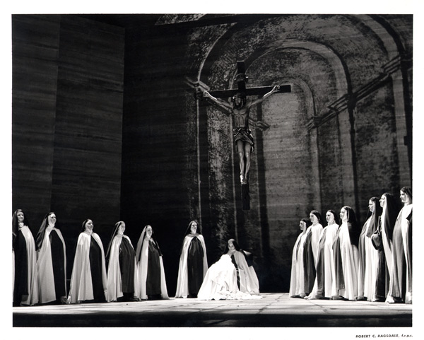 Dialogues of the Carmelites 1.jpg