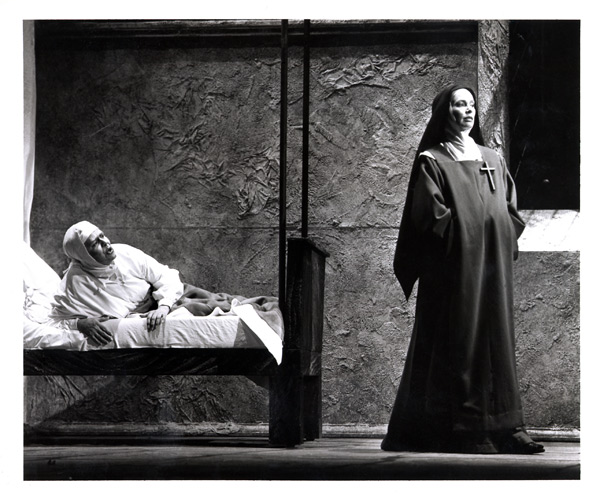 Dialogues of the Carmelites 11.jpg