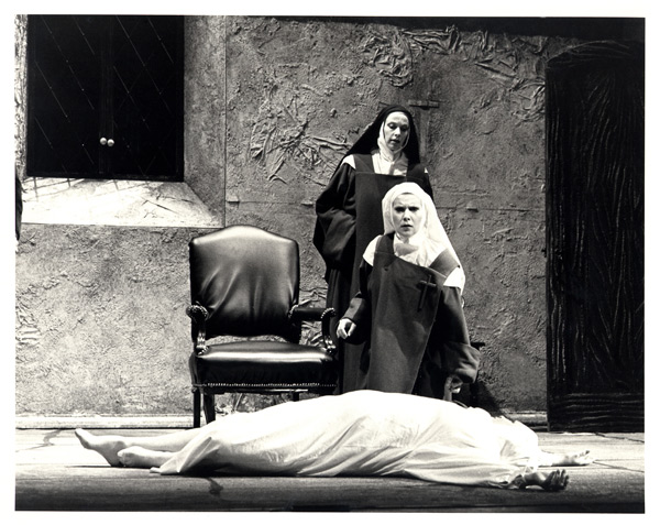 Dialogues of the Carmelites 12.jpg