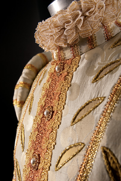 Queen of France - Close-up.jpg