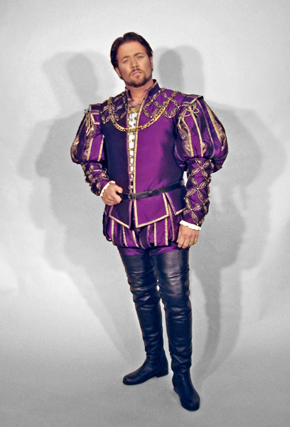 Duke of Mantua Costume 1.jpg