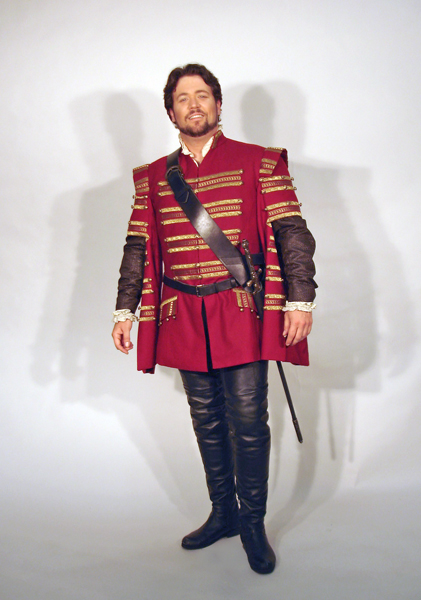 Duke of Mantua Costume 3.jpg