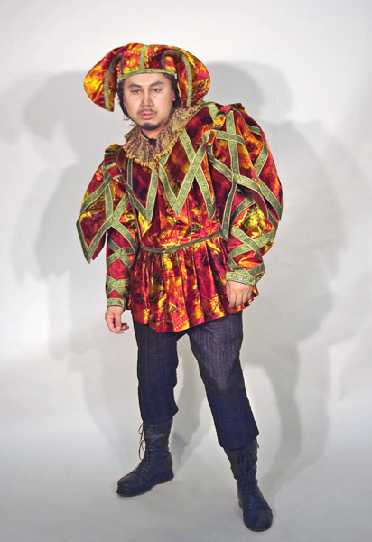Rigoletto Costume 1.jpg