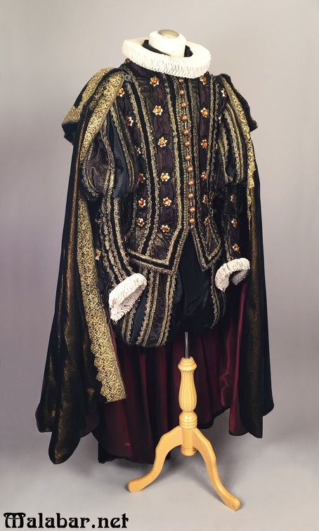 Elizabethan male black gold.jpg