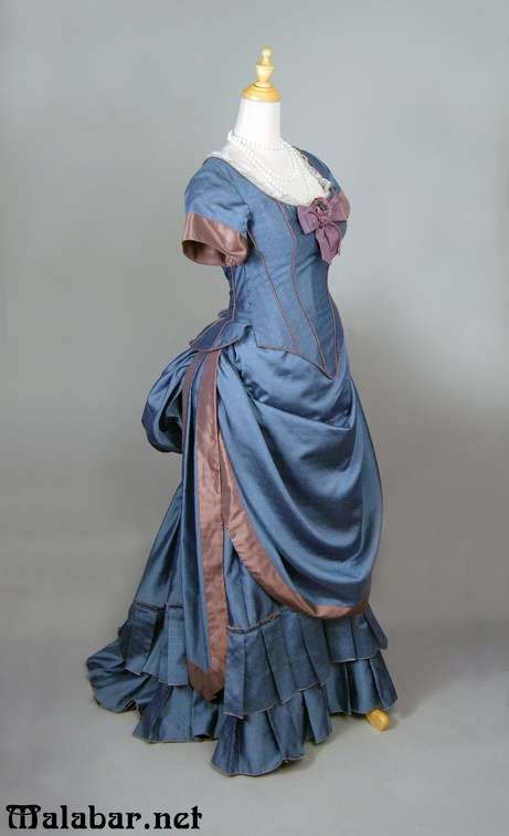 Victorian day female blue.jpg