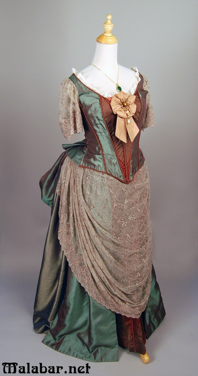 Victorian day female green-brown.jpg