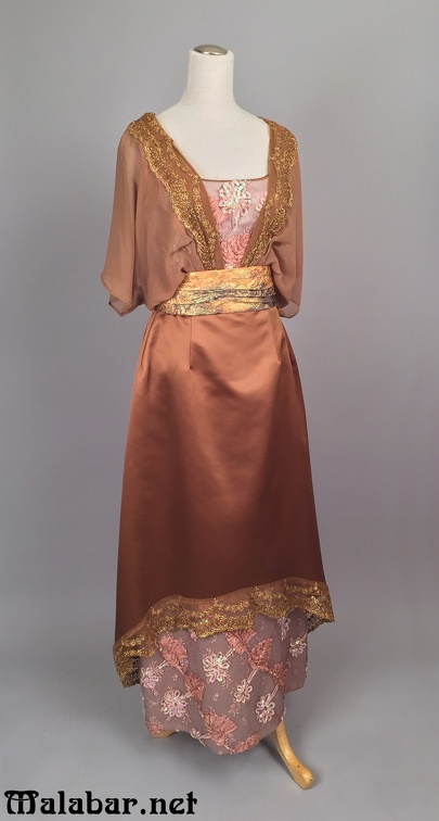 1910s evening female brown.jpg