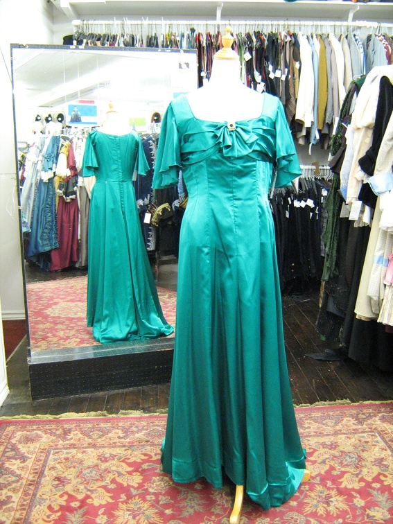 1940's Ballgown turquoise.jpg