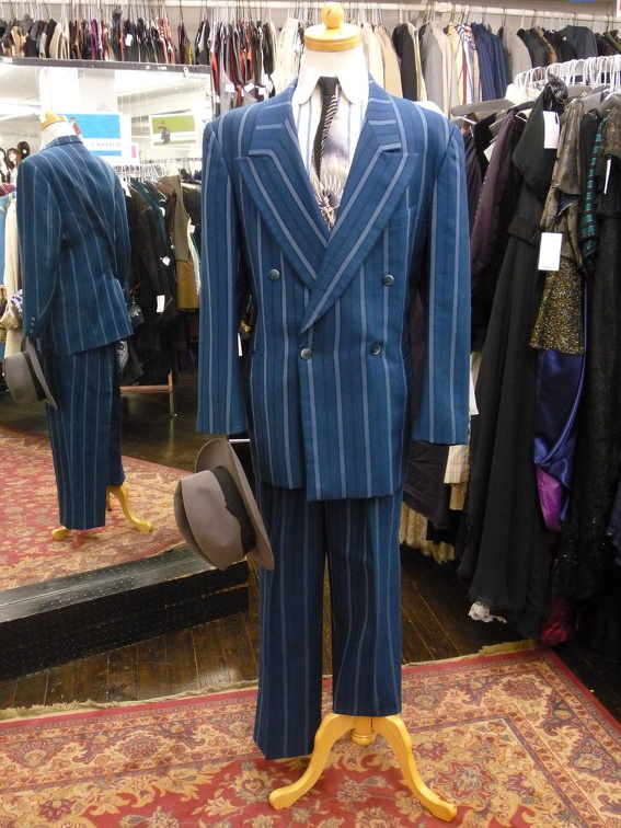 Gangster Suit blue stripe 46.jpg