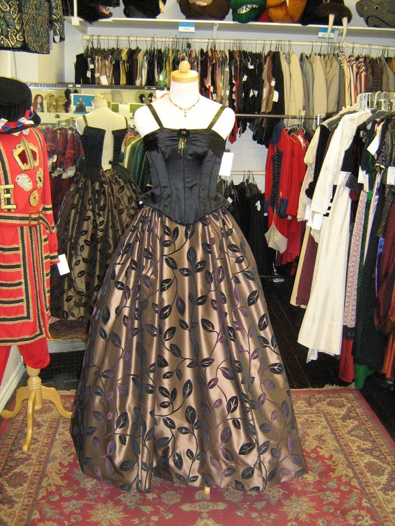 1950's Formal gown black & leaf skirt.jpg