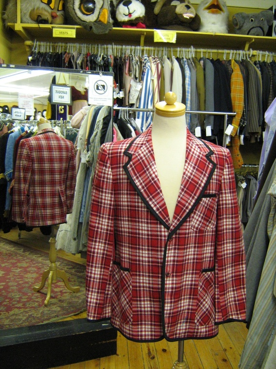 Jacket plaid red.jpg