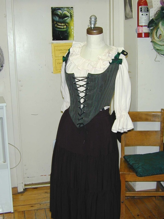 Wench green bodice.jpg