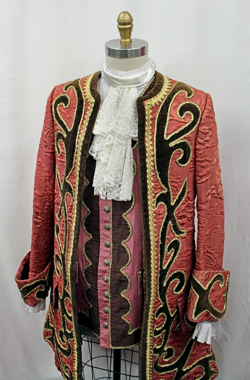 Baroque Detailed Suit.JPG
