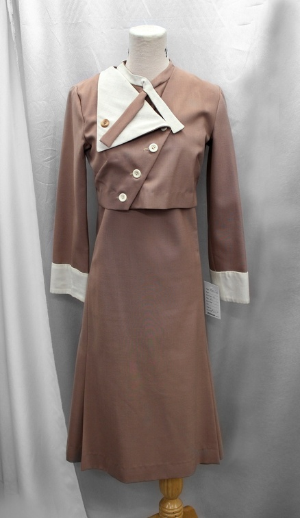 1940's Women's Outfit Brown and White.JPG