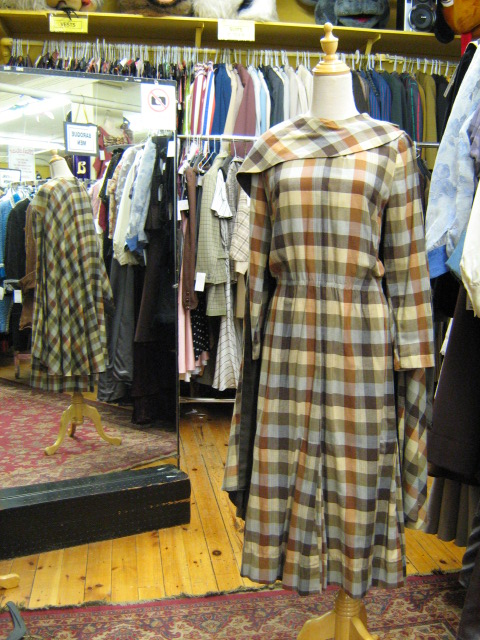 1930's cape suit brown check.jpg