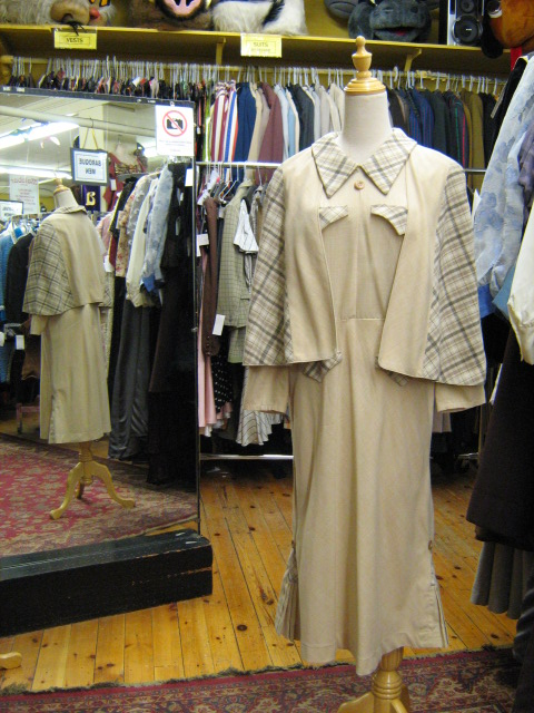 1930's cape suit cream.jpg