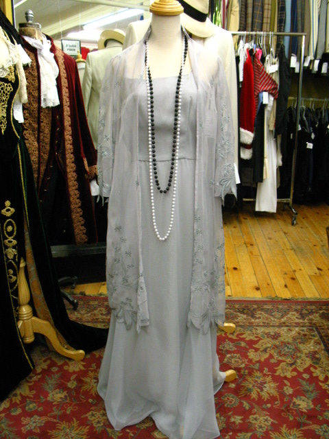 1930's gown light grey.JPG