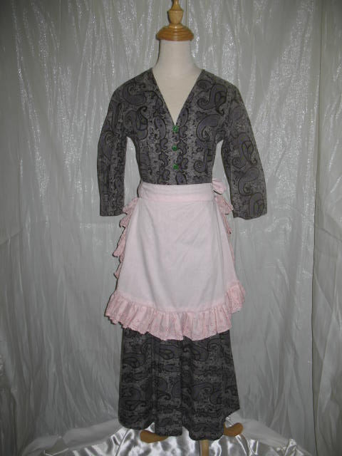 1940's Dress Brown Print.JPG