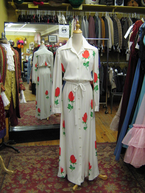 70's Dress White Red Flower.jpg