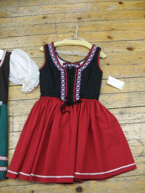 Dirndl red medium length.JPG