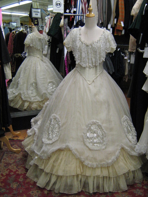 Princess dress white.jpg