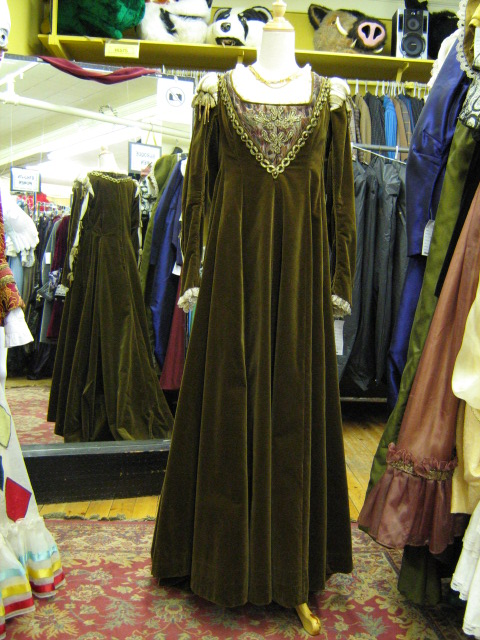 Dress Renaissance Olive Green.jpg