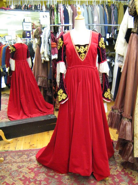 Dress Renaissance red velvet.jpg