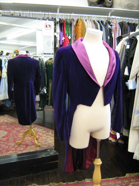 Purple Velvet tailcoat mauve lapel.jpg