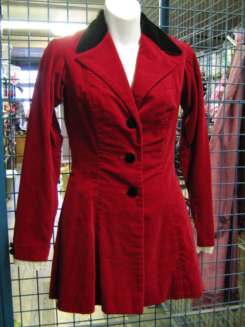 riding jacket ladies dark red.jpg