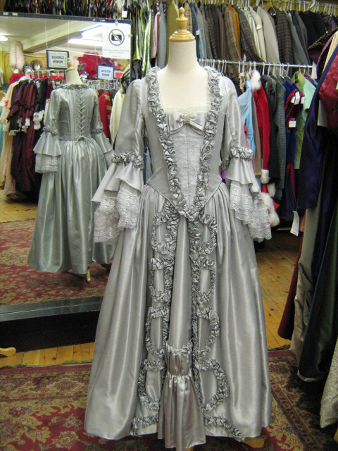 Baroque Gown silver.jpg