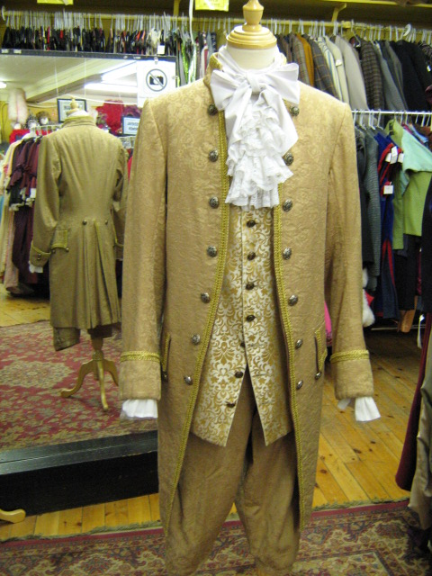 Baroque Suit gold.jpg