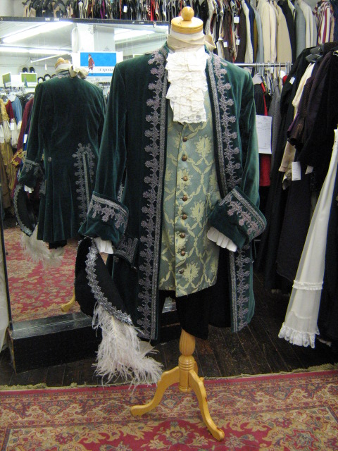 Baroque suit green velvet & silver with hat.jpg