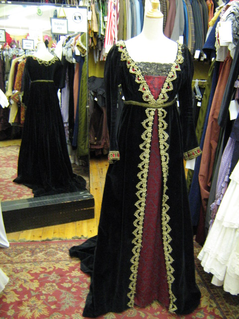 Dress Empire black gold & red.jpg