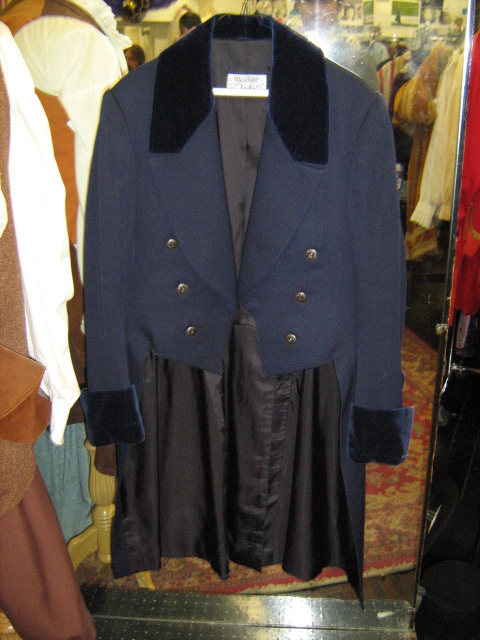 Tailcoat blue with velvet trim.jpg