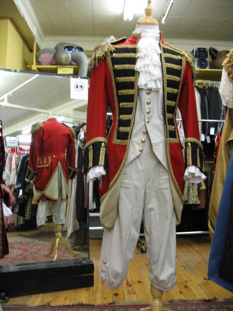 British Officer 1700's 2.JPG