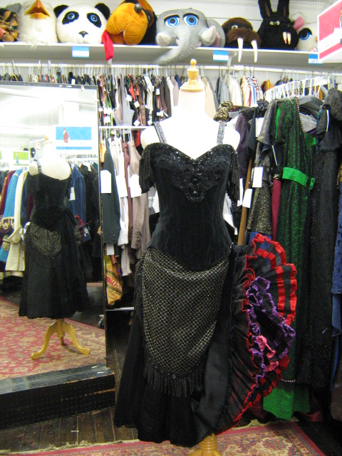 Cancan original all black.jpg